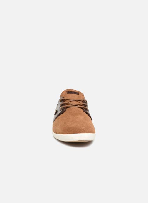 Sneakers Faguo Cypress Suede Marrone modello indossato