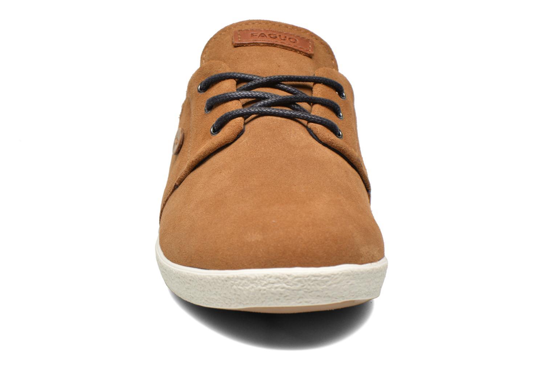 Baskets Faguo Cypress Suede Beige vue portées chaussures