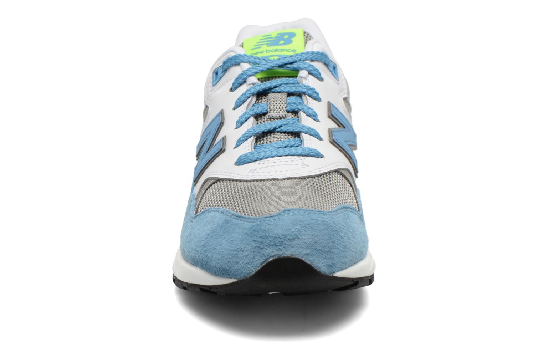 Sneaker New Balance MRT580 blau schuhe getragen