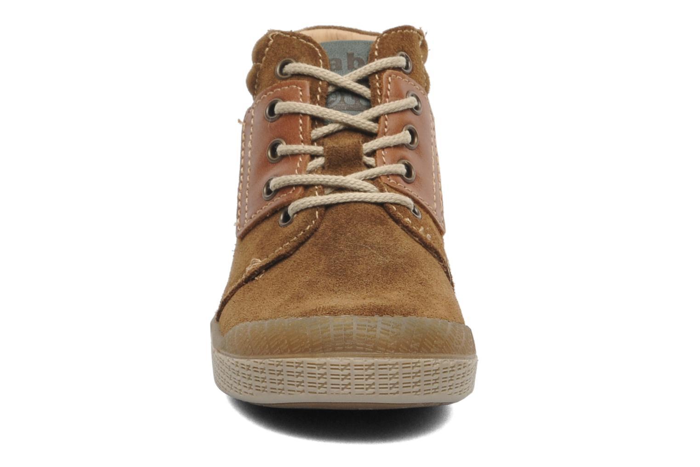 Bottines et boots Babybotte ATLAS Marron vue portées chaussures