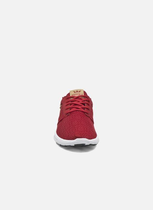 Sneaker Supra Hammer Run rot schuhe getragen