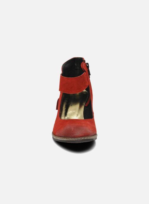 Escarpins Myma Bouelle Rouge vue portées chaussures