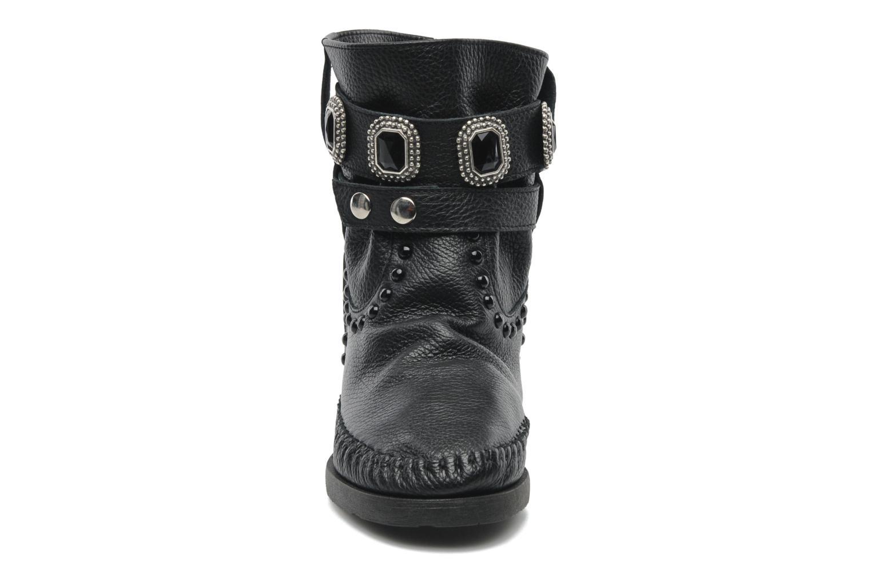 Bottines et boots Karma of Charme Stra2 Barocco Noir vue portées chaussures