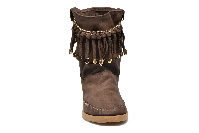 Bottines et boots Karma of Charme Dakota Gold Marron vue portées chaussures