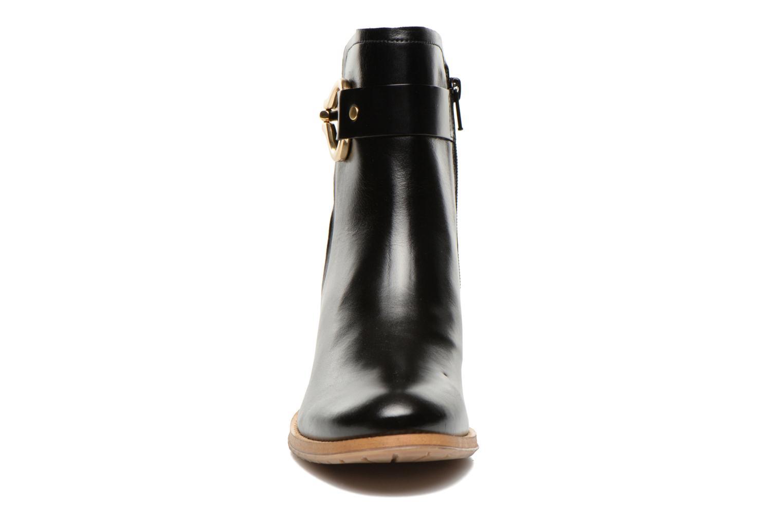 Bottines et boots Georgia Rose Cottage Noir vue portées chaussures