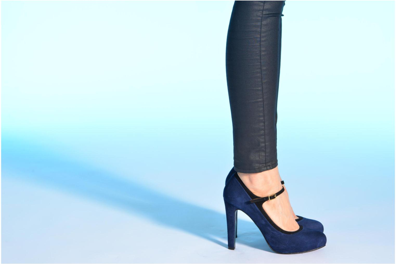 Escarpins Made by SARENZA Flore Thirties #13 Bleu vue bas / vue portée sac