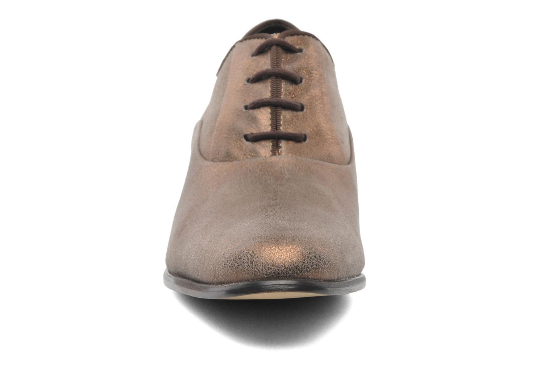 Chaussures à lacets Elizabeth Stuart Estac 310 Marron vue portées chaussures