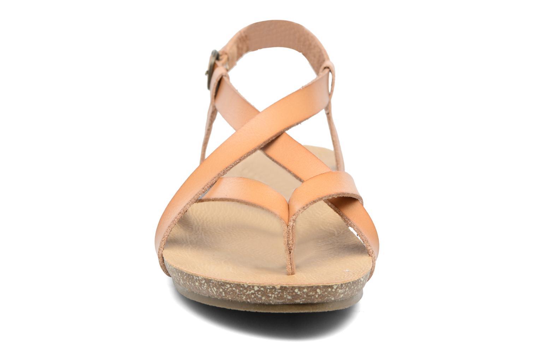 Sandales et nu-pieds Blowfish Granola Marron vue portées chaussures