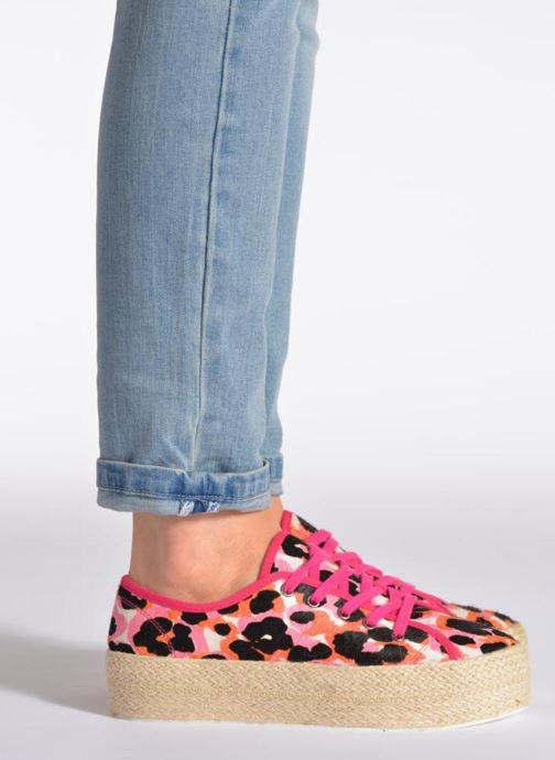 Sneaker Colors of California Ideal rosa ansicht von unten / tasche getragen