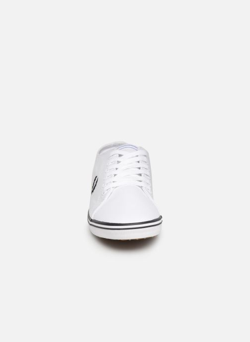 Baskets Fred Perry Kingston Twill Blanc vue portées chaussures