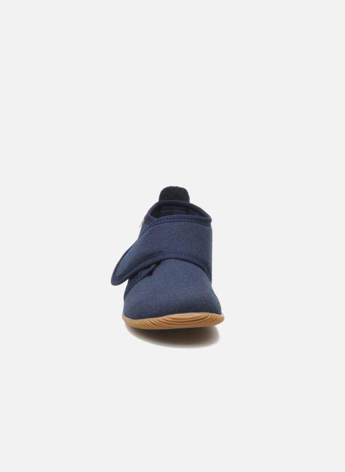 Chaussons Giesswein Strass Slim Fit Bleu vue portées chaussures