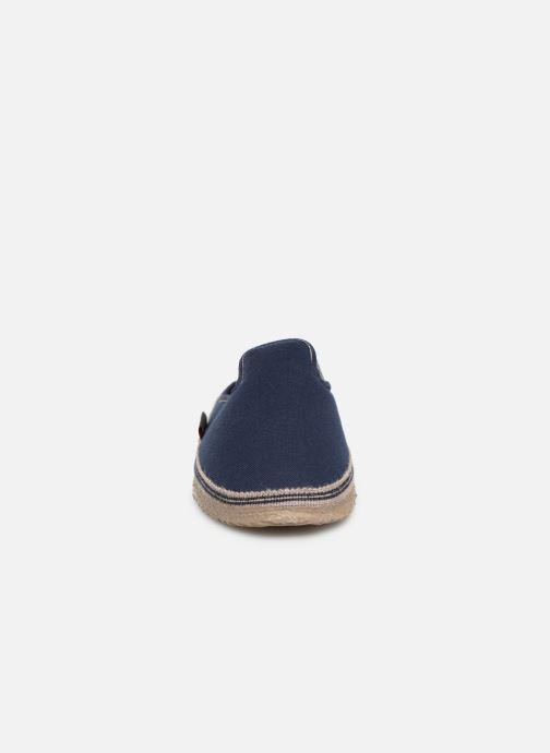 Chaussons Giesswein Petersdorf Bleu vue portées chaussures