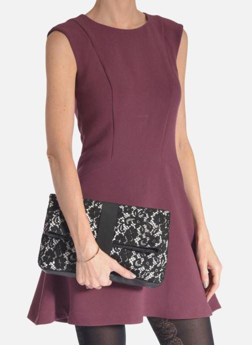 Mini Bags MySuelly Brigitte schwarz ansicht von unten / tasche getragen