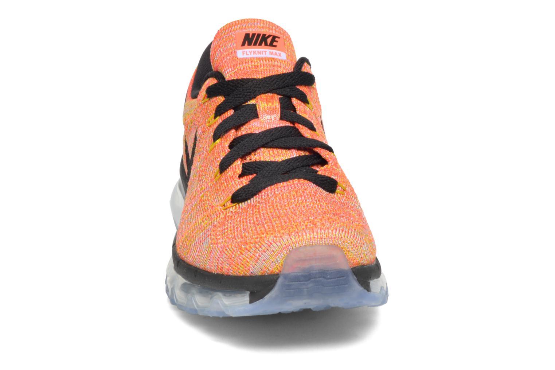 Scarpe sportive Nike Wmns Nike Flyknit Max Arancione modello indossato