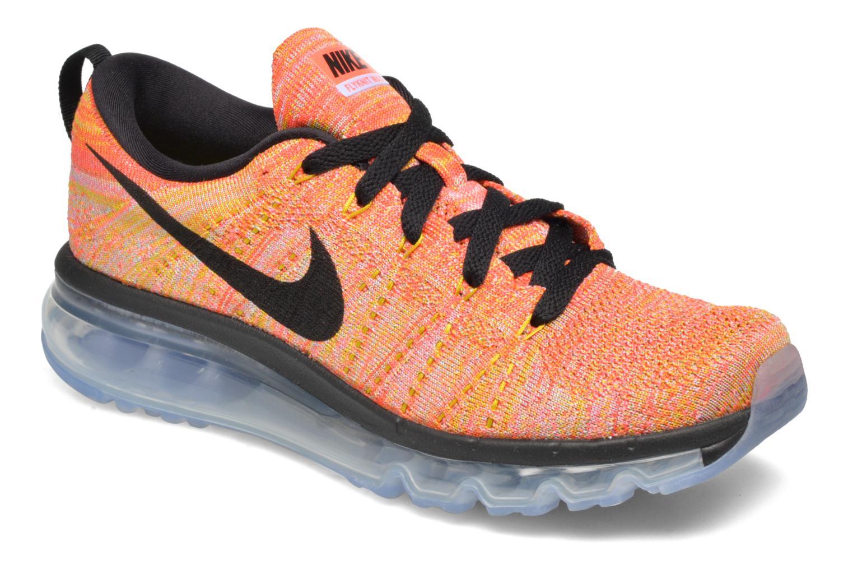Sportssko Nike Wmns Nike Flyknit Max Orange detaljeret billede af skoene