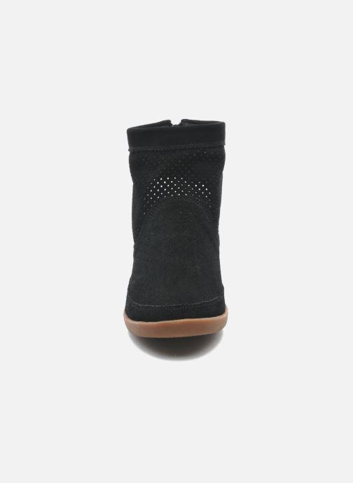 Bottines et boots Shoe the bear Emmy Noir vue portées chaussures