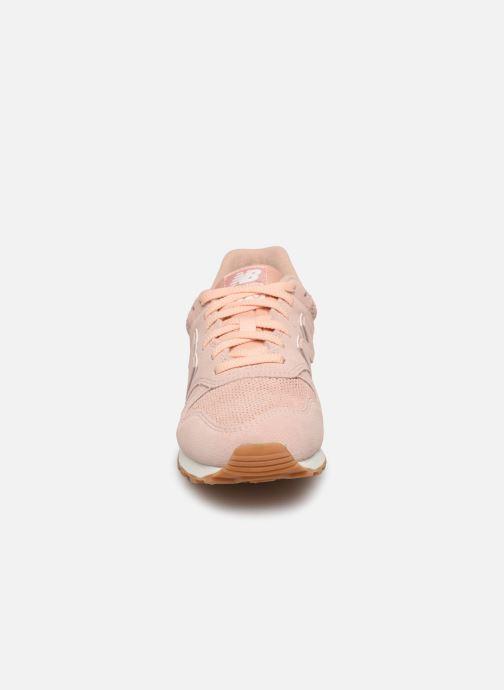Baskets New Balance WL373 Rose vue portées chaussures
