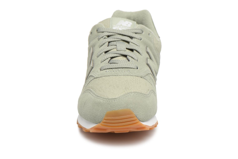 Sneaker New Balance WL373 grün schuhe getragen