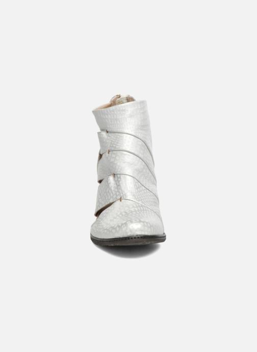 Ankle boots Dkode Vayle Silver model view