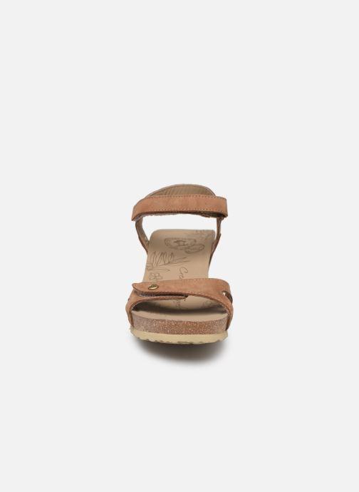 Sandales et nu-pieds Panama Jack Julia Marron vue portées chaussures