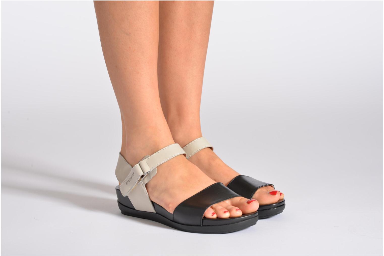 Sandales et nu-pieds Stonefly Eve I Noir vue bas / vue portée sac