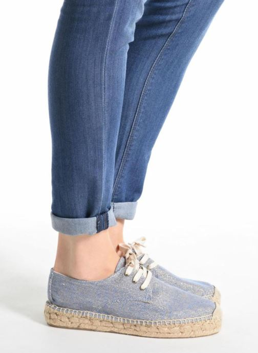 Lace-up shoes Anaki Sable Blue view from underneath / model view