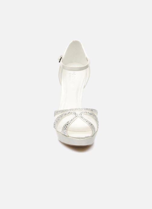 Sandales et nu-pieds Menbur Aster Blanc vue portées chaussures