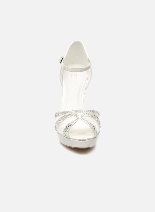 Sandals Menbur Aster White model view