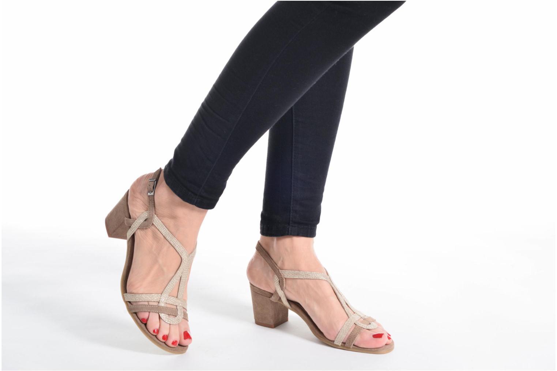 Sandales et nu-pieds Perlato Pandora Beige vue bas / vue portée sac