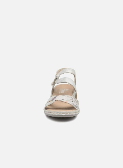 Sandali e scarpe aperte Rieker Poppy 65969 Argento modello indossato