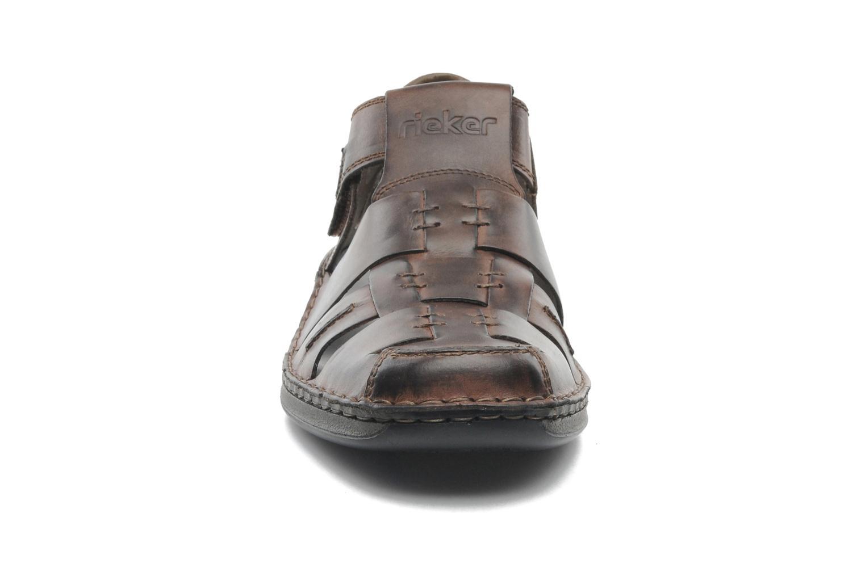 Sandales et nu-pieds Rieker Barry 05275 Marron vue portées chaussures