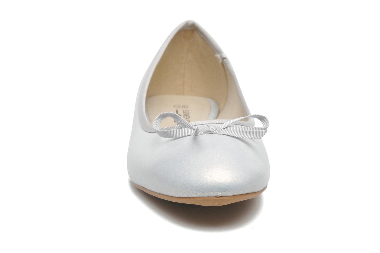 Bailarinas Elizabeth Stuart Castel 691 Plateado vista del modelo