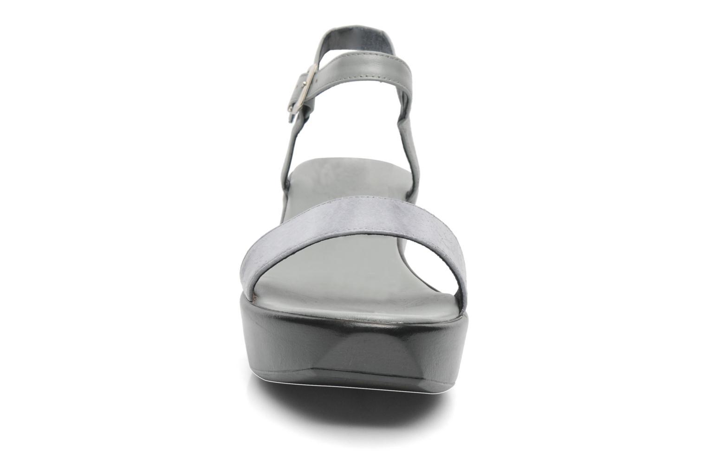 Sandales et nu-pieds Elizabeth Stuart Villa 671 Gris vue portées chaussures