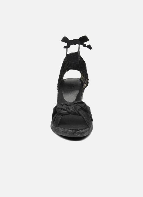 Sandales et nu-pieds Elizabeth Stuart Riam 605 Noir vue portées chaussures