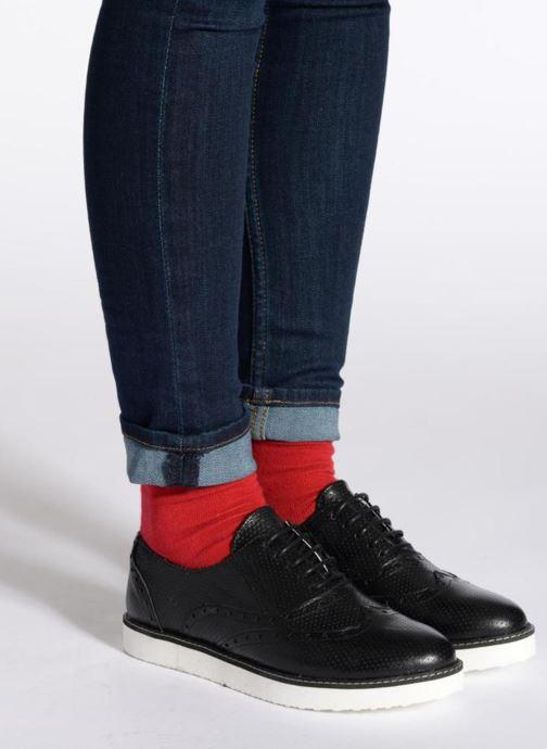Chaussures à lacets Ippon Vintage Andy perfo Blanc vue bas / vue portée sac