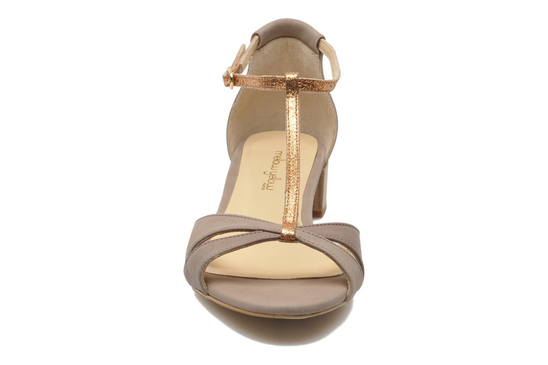 Sandales et nu-pieds Mellow Yellow Selfish Beige vue portées chaussures