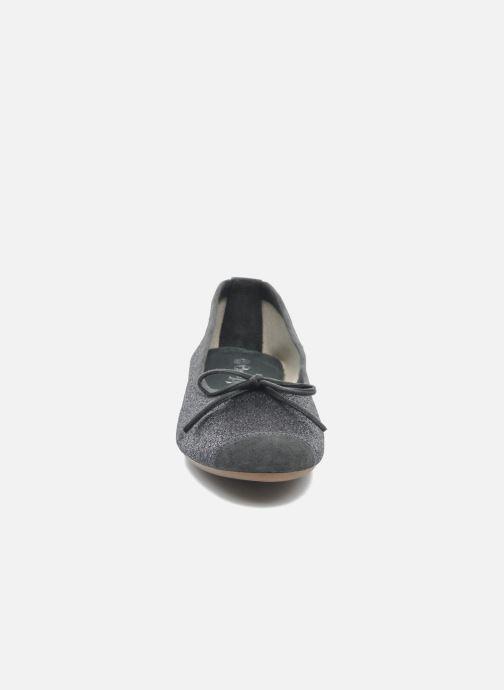 Ballerines Coco et abricot Baptiste Gris vue portées chaussures