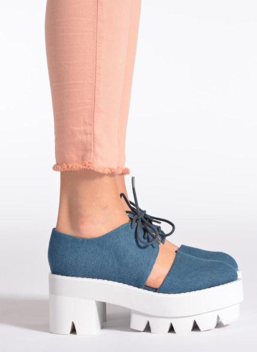 Chaussures à lacets Jeffrey Campbell DELONGE Bleu vue bas / vue portée sac