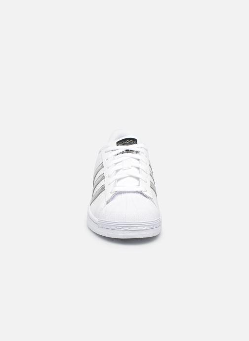Trainers adidas originals Superstar W White model view