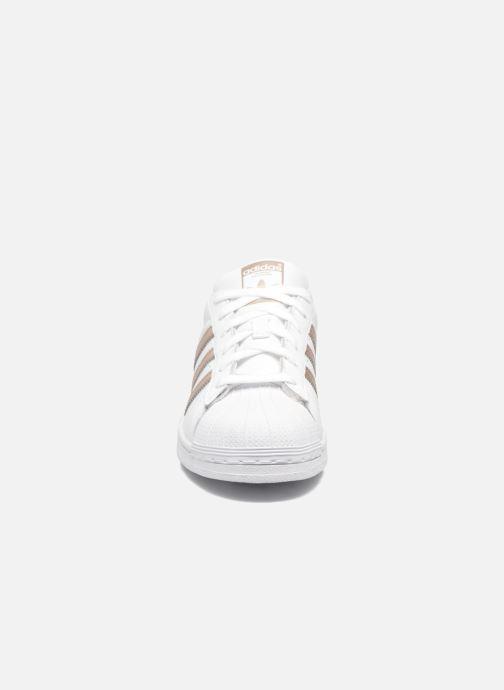 Sneakers Adidas Originals Superstar W Bianco modello indossato