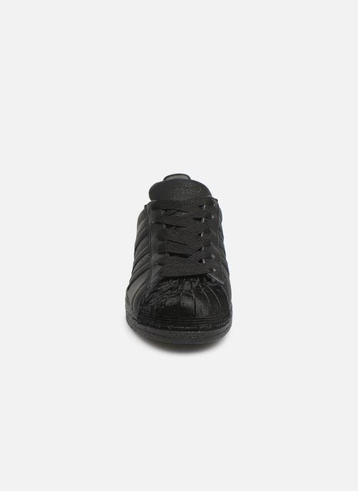 Baskets adidas originals Superstar W Noir vue portées chaussures