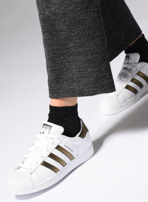 Deportivas Adidas Originals Superstar W Blanco vista de abajo