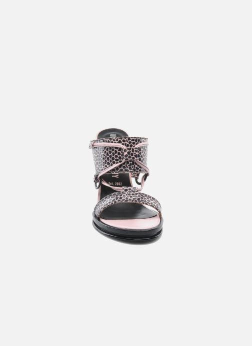 Mules et sabots Opening Ceremony Mae ankle strap wedge Rose vue portées chaussures