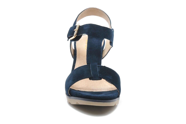 Sandales et nu-pieds Lotus Mirror Bleu vue portées chaussures