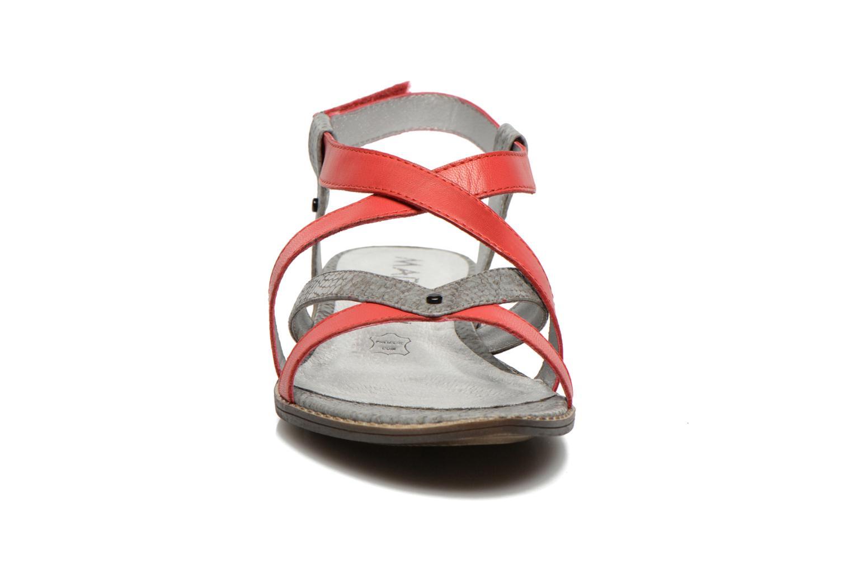 Sandales et nu-pieds Madison Runan Rouge vue portées chaussures