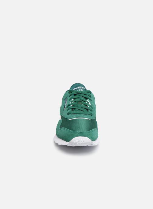 Baskets Reebok Classic Nylon Vert vue portées chaussures