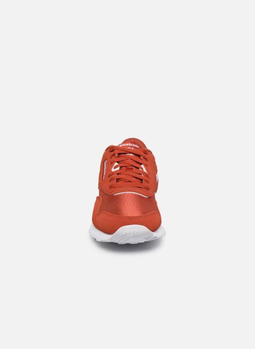 Sneaker Reebok Classic Nylon rot schuhe getragen
