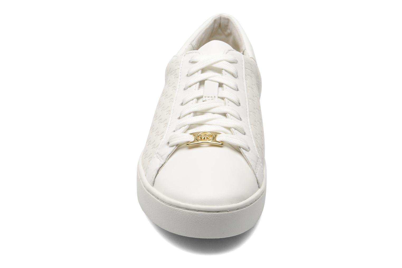 Sneakers Michael Michael Kors Colby Sneaker Bianco modello indossato
