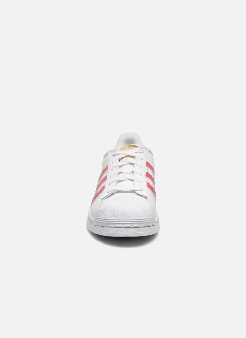 new style 4257c 1d6c1 Sneakers Adidas Originals Superstar Foundation J Bianco modello indossato