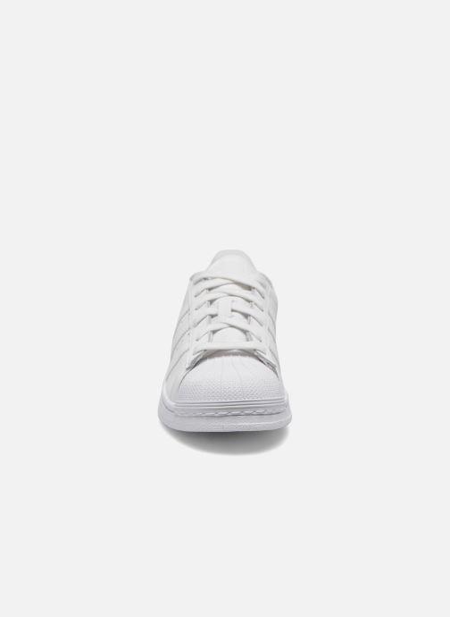 Sneaker adidas originals Superstar Foundation J weiß schuhe getragen